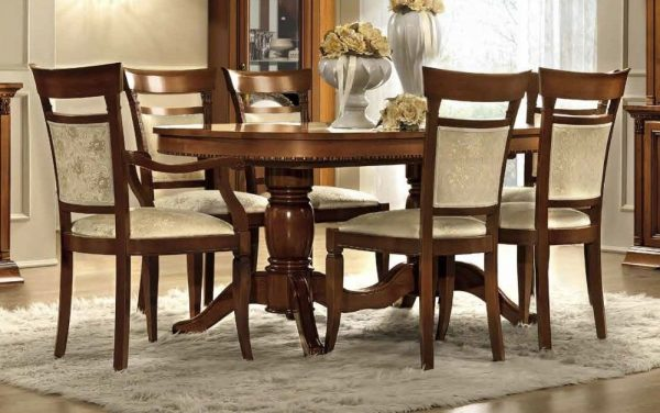 Camel Treviso Day Cherry Wood Italian Oval Extending Dining Table and 6 Chairs