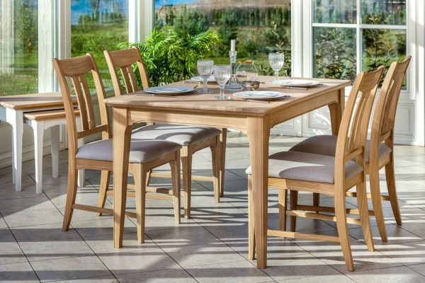 TCH New England Oak Extending Dining Table